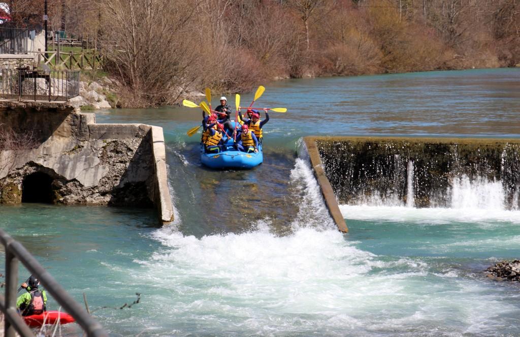 Rafting y kayak río Esca Pirineo Huesca