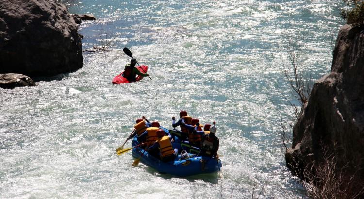 Semana-santa-rafting-aventura-pirineos-Huesca