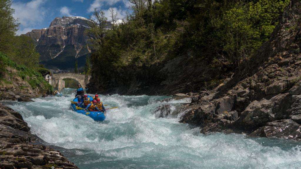 Alcorce rafting rio ara-39